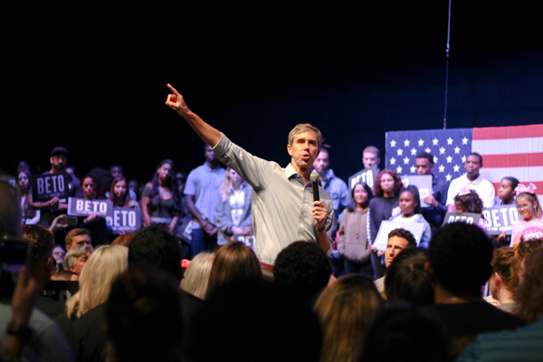 O'Rourke rally focuses on bridges, not walls