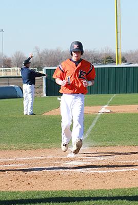 Baseball team hopes for bounce-back season