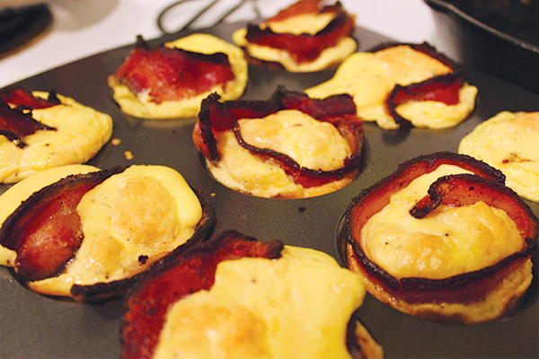 Keto-friendly breakfast egg cups include bacon, eggs and whipping cream.
