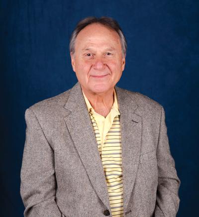 Memorial today for longtime business professor Richardson