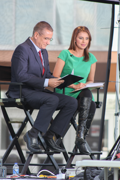 Univision hosts newscast on Pleasant Grove campus