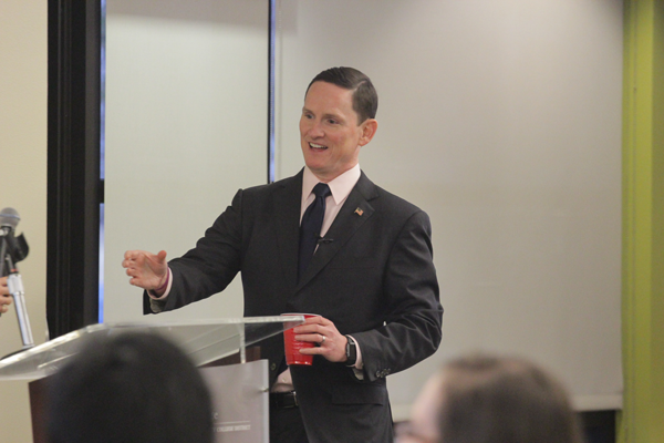Dallas County Judge Clay Jenkins addresses the audience. Photo by Jonathan Wences/The Et Cetera.