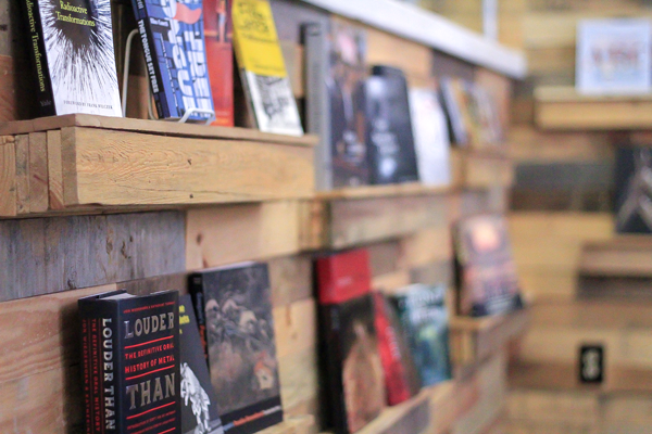 Books are hand-selected by the owners based off what they have read and enjoyed or believe they would enjoy. Photo by Macks Prewitt/The Et Cetera