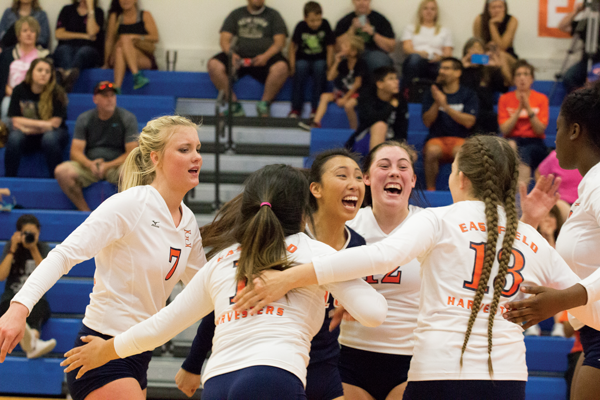 The Harvesters were undefeated in conference play this season. Photo by Isabel Espinoza/The Et Cetera