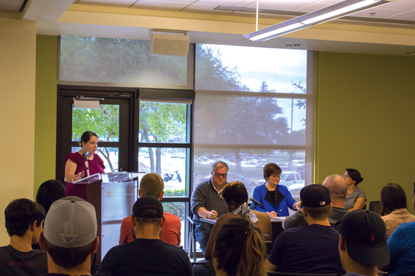 Panel discusses free speech, election coverage