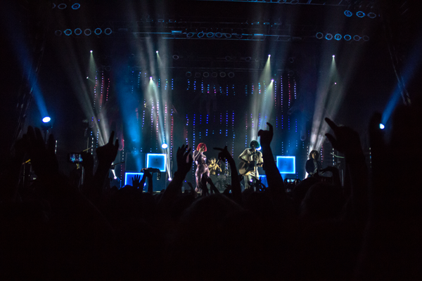 Grouplove mixes punk, pop influences in sold-out show