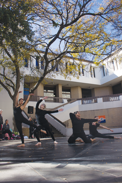 Members of the Eastfield Dance Company offer a preview of the Fall Dance Concert in the Lower Courtyard on Nov. 30. Photo by David Sanchez/ The Et Cetera