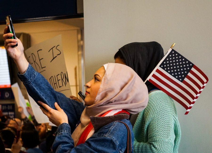 Immigration+ban+sparks+impromptu+protests