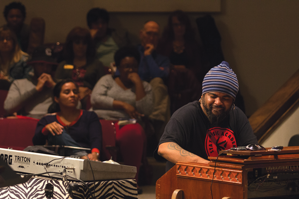 Grammy-winning artist returns to alma mater