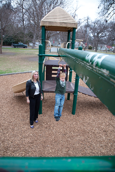 Judith Dumont takes her 5-year-old son, Ryder Dumont, to the park to play. Alejandra Rosas/The Et Cetera