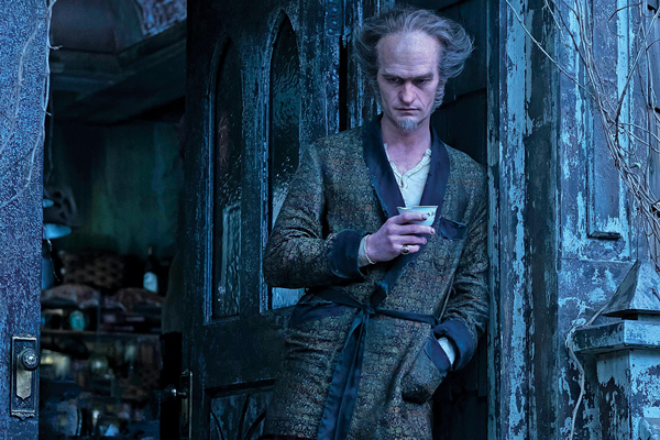 Neil Patrick Harris embodies Count Olaf, the villian of Netflixs vision of A Series of Unfortunate Events. Photo courtesy of Netflix.