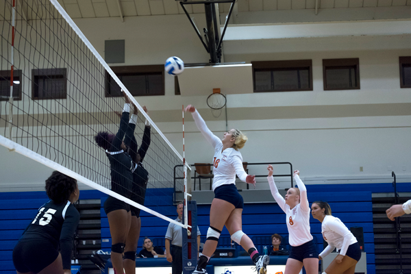 The Lady Harvesters defeated Mountain View on Oct. 9.