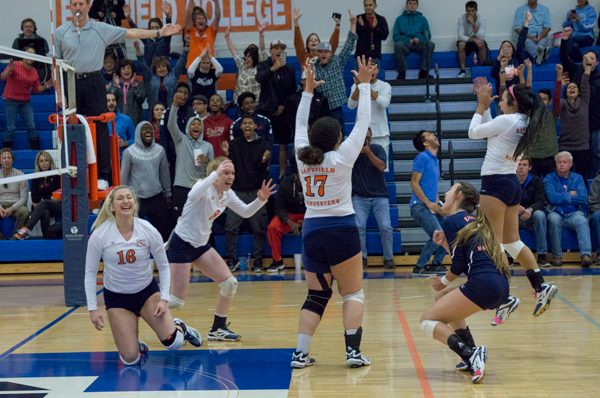 Volleyball heads to nationals for second straight year