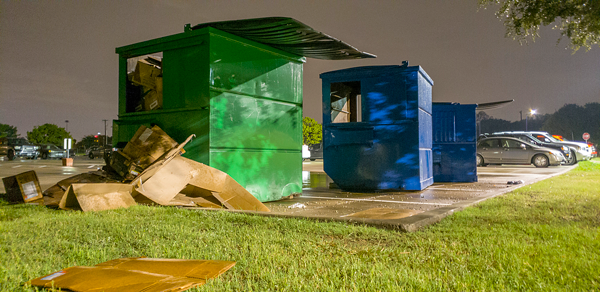 Eastfield collects recycling across campus and delivers it to larger recycling bins for pickup. Photo by Jesus Ayala/The Et Cetera