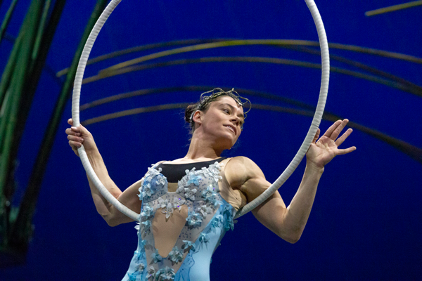 Alix Croop in the hoop goddess audition. Photo by Yesenia Alvarado/The Et Cetera