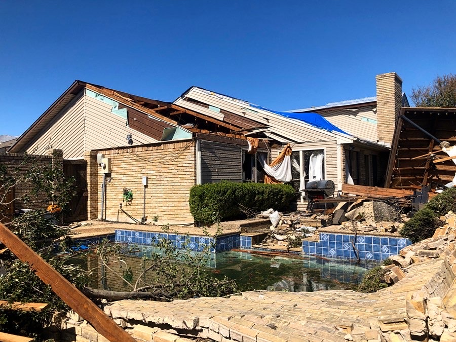 The+neighborhood+of+Richland+Oks+in+Richardson+was+one+of+the+neighborhoods+that+received+heavy+damage+as+a+result+of+the+tornadoes+that+swept+through+parts+of+North+Texas+on+Oct.+20.+Photo+by+Anthony+Lazon%2F+The+Et+Cetera