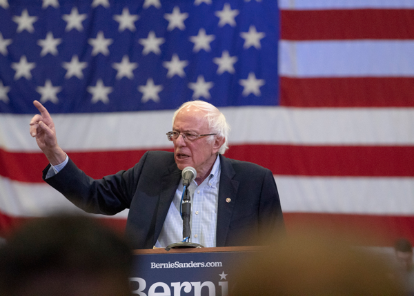 Sanders visits Mesquite amid primary elections with message of fighting establishments