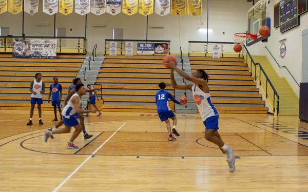 Video: Harvesters basketball begins training in Minnesota
