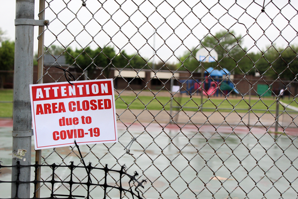 Dallas mayor shuts down parks for Easter weekend