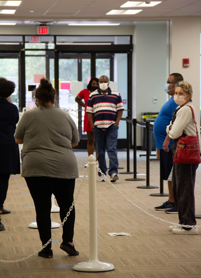 Texas breaks early voting records