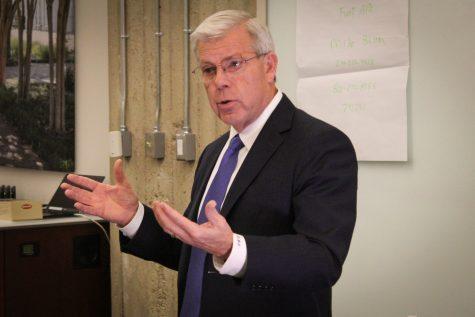 Dallas College chancellor set to retire, successor named